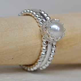 Sterling Silver & Freshwater Pearl Crown Stacking Ring Set