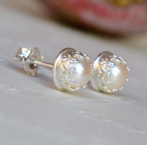 Sterling Silver and Freshwater Pearl Crown Set Studs