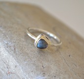 Labradorite Mixed Metal Ring. 9ct Gold and Sterling Silver